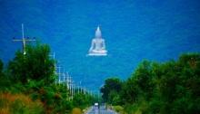 พิสูจน์รักแท้ 3,790 ขั้น ที่… เขาวงพระจันทร์ จ.ลพบุรี