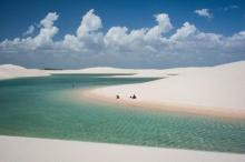 สุดมหัศจรรย์!! ทะเลทรายขาวเปล่งประกายระยิบระยับ ที่บราซิล