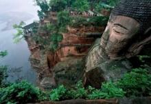 """""""พระพุทธรูปเล่อซาน"""" มรดกวัฒนธรรมของโลกอันยิ่งใหญ่"""